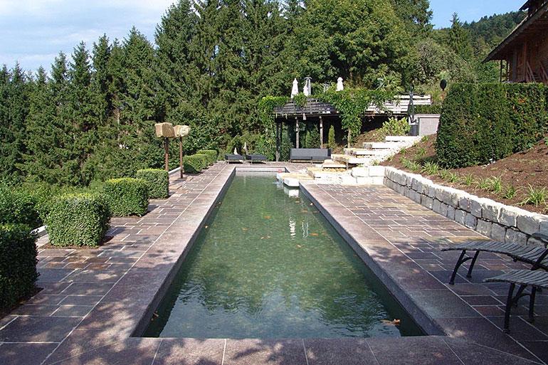 Exklusiver Garten In Hanglage Bei Freiburg Mit Blick Ins Elztal